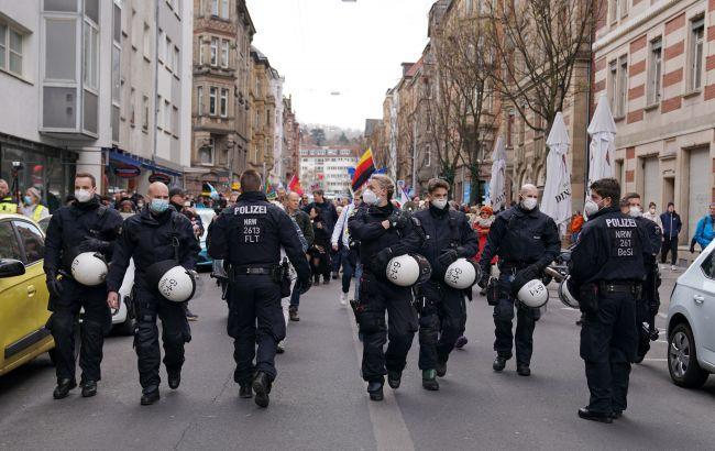 В Берлине начали расследования против более 500 участников антиковидных акций