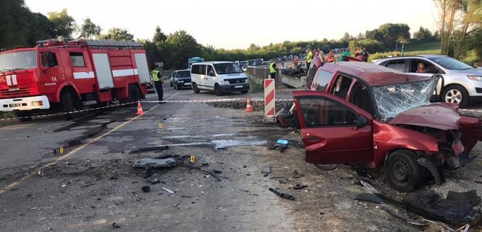 Патрульного из Хмельницкого задержали за аварию с тремя погибшими