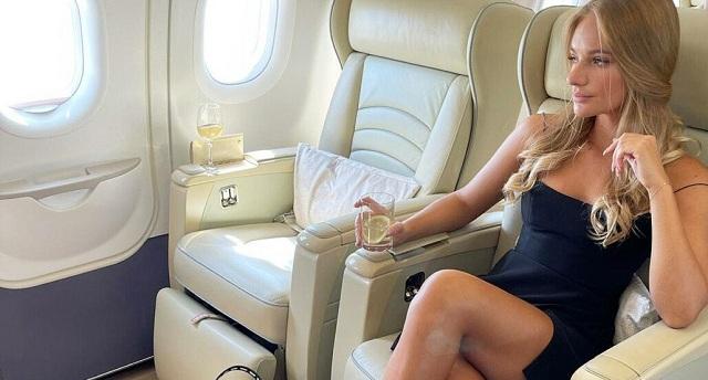 Лиза Пескова собирается замуж за делового партнёра, утверждают её знакомые. Дмитрий Песков не в курсе
