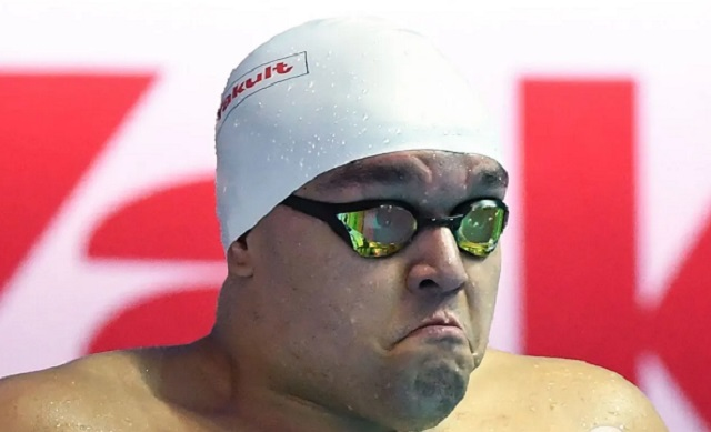 Пловец из Палау стал звездой сети, удивив своим внешним видом на Олимпиаде-2020