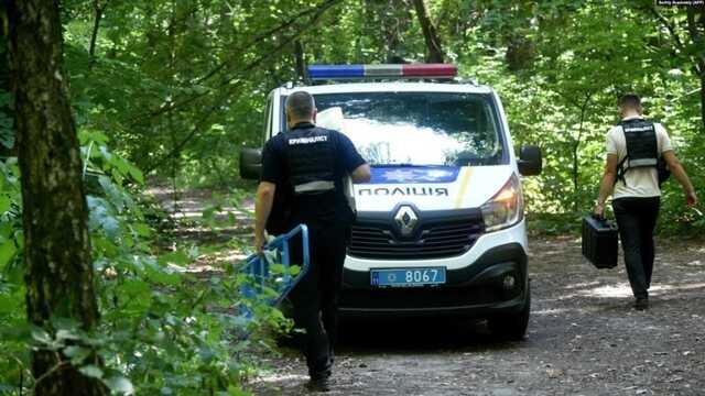 Друг убитого беларуса рассказал о том, что нашли полиция и поисковики: «Это старая схема. Человек повешен со следами избиения на лице»