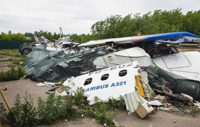 Обломки самолёта, севшего в кукурузном поле два года назад, до сих пор лежат в Жуковском