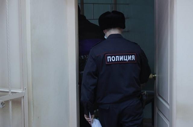 В Екатеринбурге лжеполицейские инсценировали изнасилование, чтобы получить с жертвы деньги