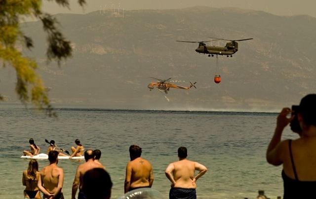 В Греции из-за масштабных пожаров эвакуировали жителей острова Эвбея
