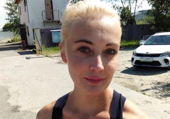 Юлия Навальная «посидела в тюрьме» и рассказала, как прошло ее длительное свидание с мужем