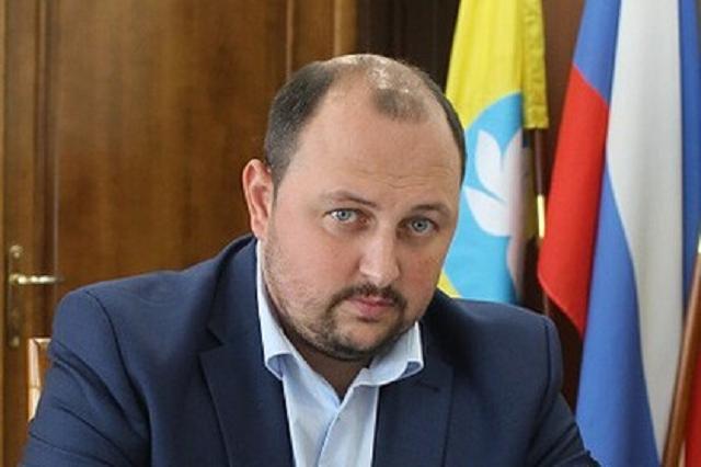 Мэр Элисты опроверг слухи о своём избиении главой Калмыкии