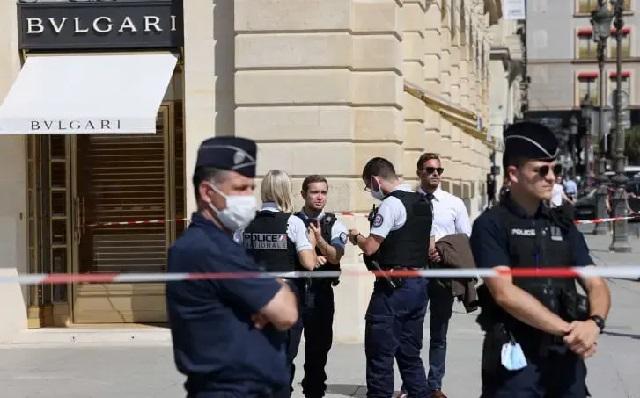 В Париже ограбили ювелирный магазин Bulgari на €10 млн