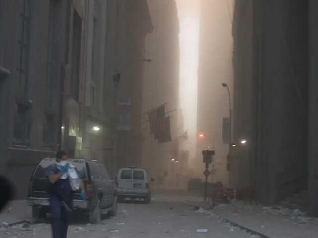 Секретная служба США показала ранее не опубликованные архивные фото теракта 11 сентября