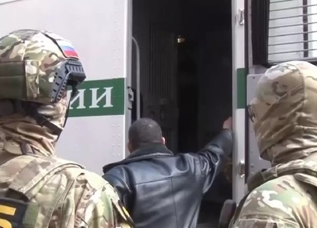 ФСБ задержала адвоката с 15 миллионами рублей