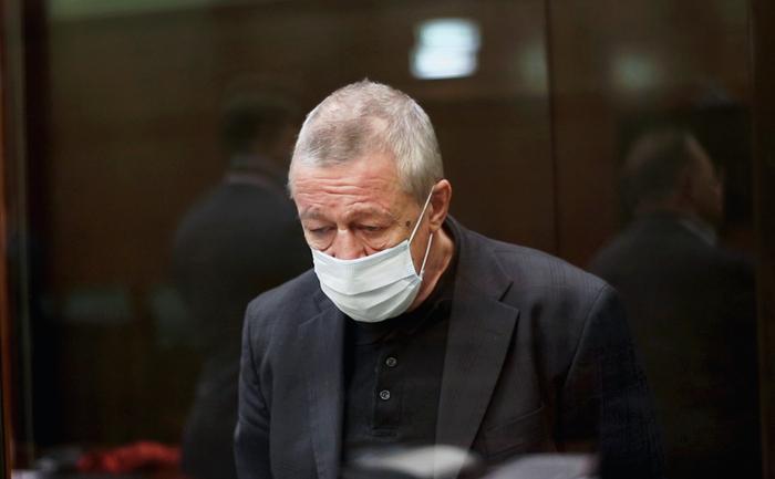 Суд отказался смягчать приговор Михаилу Ефремову
