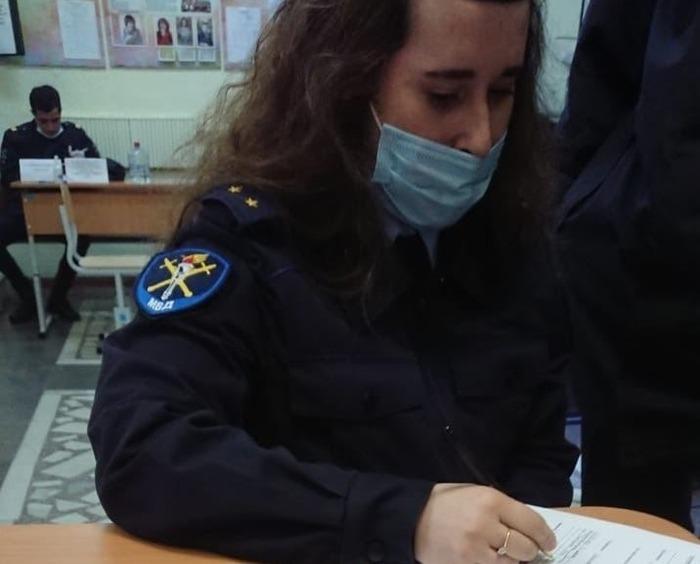 В Челябинске на участок, где нашли 600 надомников и подрались активисты, вызвали полицию
