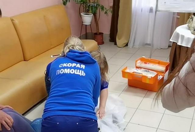 Жительница Ямала скончалась на избирательном участке от остановки сердца