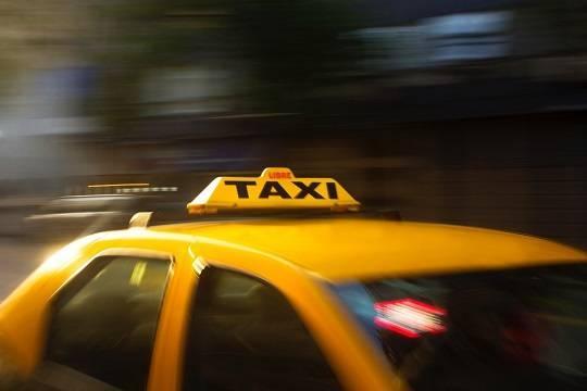 В правительстве подготовили законопроект о такси, который уже прозвали «кодексом таксиста»