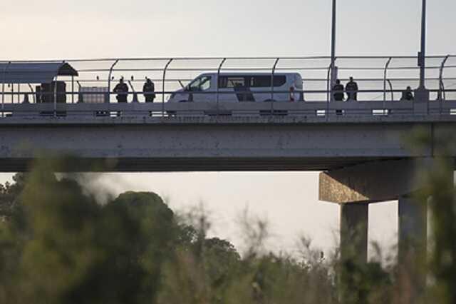Мексиканские солдаты с наркотиками вторглись в США