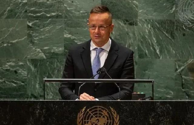 Венгрия не отменит запрет пропаганды гомосексуализма среди детей по требованию Евросоюза