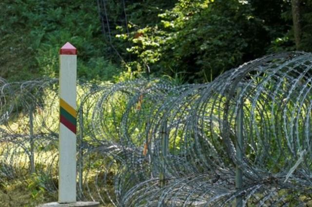 В Совбезе заявили о выталкивании мигрантов в Белоруссию из Польши и Литвы