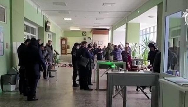Студент из Туркмении помог спасти 20 человек при стрельбе в Перми