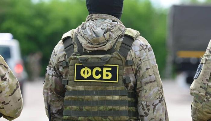 Сотрудника ФСБ и его друга-коммерсанта осудили за разбойное нападение на проститутку