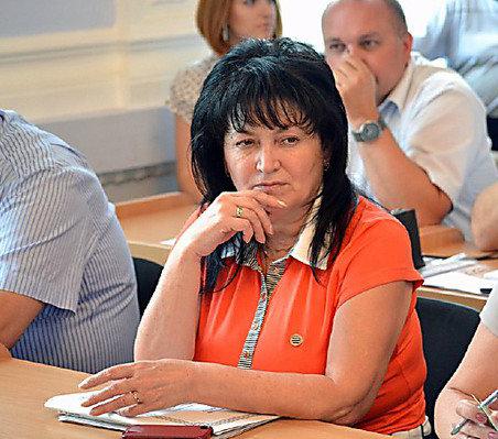 Надежда Шуличенко: даме — особняки, детям — гнилая морковка