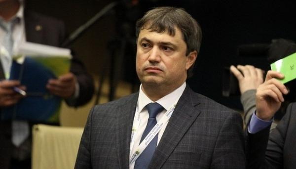 Вадим Костюченко построил карьеру с помощью поддельного диплома