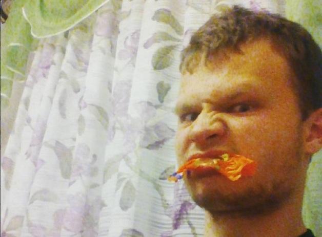Запивал кровью: в России мужчина съел по кусочкам мозг подруги