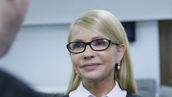 Блондинка на лабутенах: Тимошенко застукали по дороге к Коломойскому