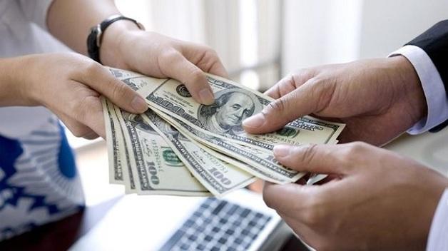 ФГВФЛ обязан выплатить каждому вкладчику 100% суммы вклада без ограничений, - юристы