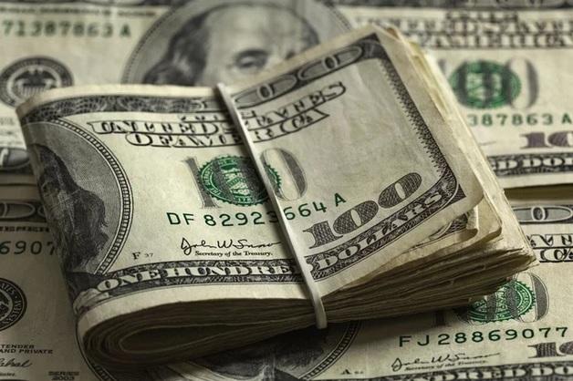 Восстановление долларовых зарплат в Украине и в РФ
