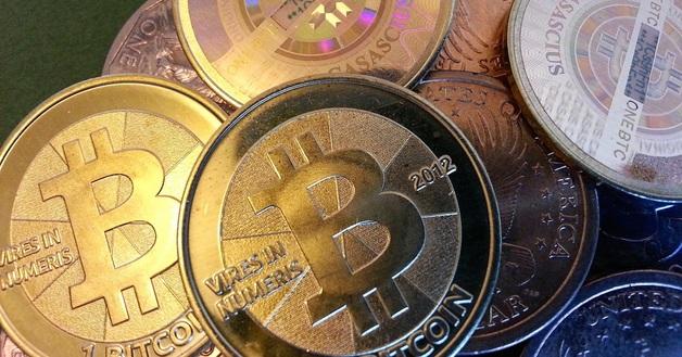 Минус $2000 за три дня: почему обвалился биткоин?