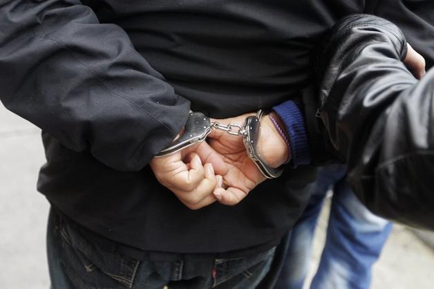 Экс-начальник кировского отдела УФСКН осужден за подбрасывание наркотиков алкоголикам