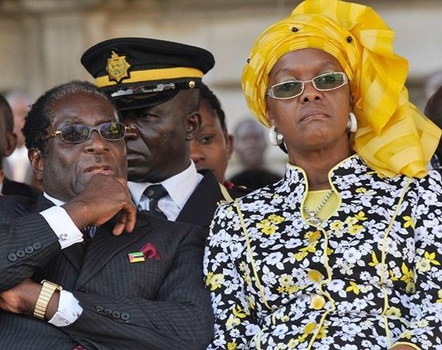 Жена Мугабе после переворота уехала из Зимбабве