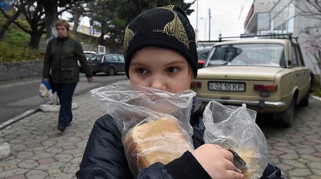 Агрокомплекс встал за прилавок в Крыму