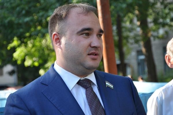 С чьей помощью Тимур Хакимов планирует стать губернатором Башкортостана?