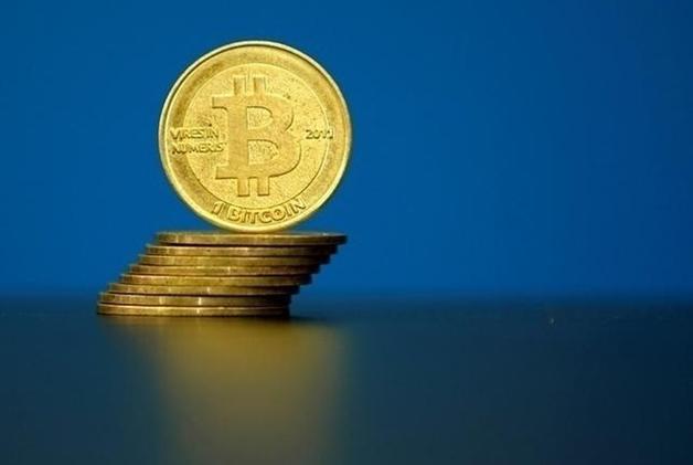 Bitcoin стал шестой валютой в мире по обороту