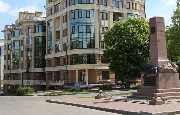 Теща главы Октябрьского райсуда Полтавы получила квартиру от фигуранта уголовного дела