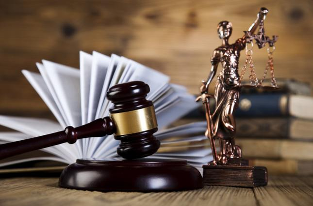 В Черноморске прокурора судили за болтовню по телефону