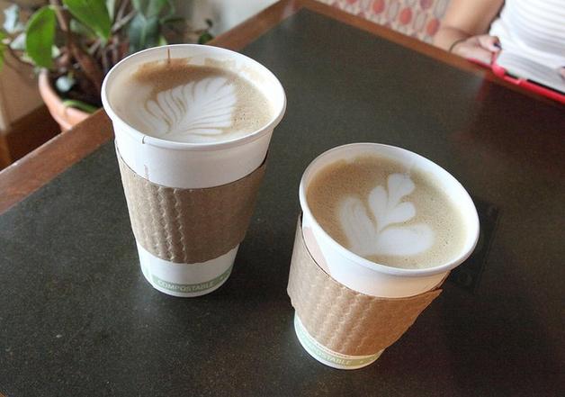 В Британии планируют ввести налог за одноразовые стаканчики с кофе