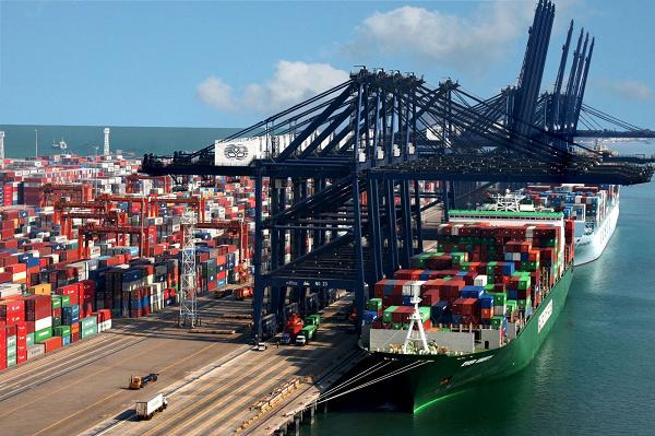 В Украину зашел крупный портовый инвестор