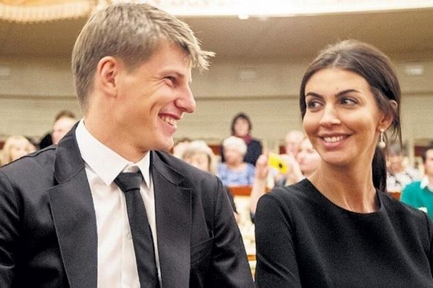 «Аэрофлот» намерен взыскать убытки с «майора ФСБ» Алисы Аршавиной