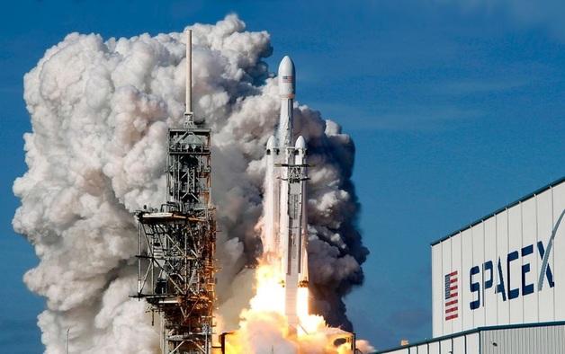 Почему «Роскосмос» никогда не запустит свой аналог Falcon Heavy