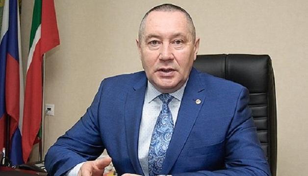 Председателя Челнинского горсуда обвиняют в даче взяток