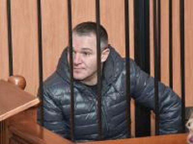 """""""Маньяк заманил мою дочь к себе домой, изнасиловал и выбросил из окна третьего этажа"""""""