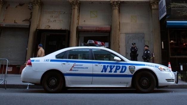 Как чернокожий гей-полицейский попал в камеру белого цвета, разочаровался в коллегах и выжил