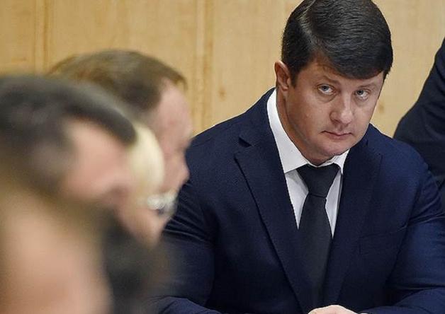 Окружение Владимира Слепцова пошло тропой Евгения Урлашова