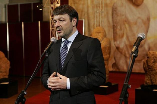 Екс-главі ДУСі повідомлено про підозру: При обшуку у Ігоря Тарасюка вилучено мільйон євро і золото, - Луценко