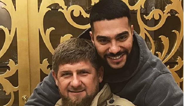 Тимати выложил и удалил фотографию из роскошного частного самолета — возможно, Кадырова