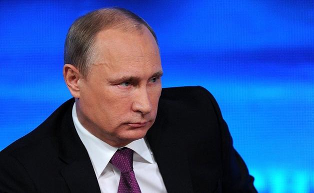 Путин - человек, который живёт с собакой, скрывает своих дочерей, у которого в стране декриминализировали побои, - Тверской