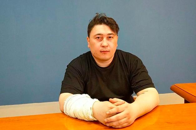 Житель Томска подвергся пыткам за публикацию во «Вконтакте» песен о полицейских