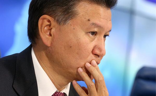 Токсичный Кирсан Илюмжинов обрек FIDE на жизнь без банковского счета