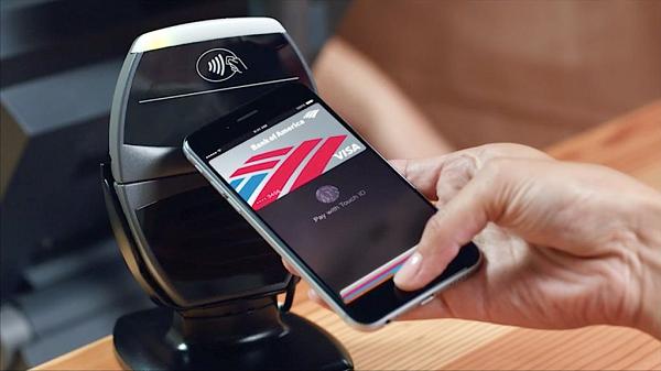 В Украине скоро запустят Apple Pay